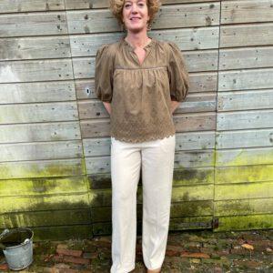 Karen by Simonsen broderie blouse (1108)